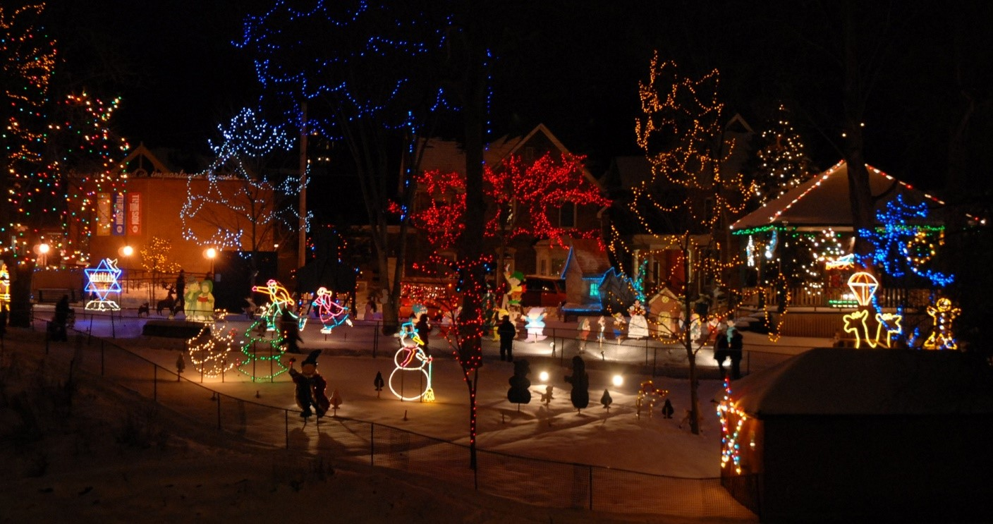 5 Things to Do In Simcoe County To Get You In The Holiday Spirit